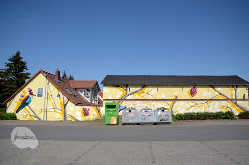 Fassadengestaltung Berlin, Graffiti Auftrag, Auftragsarbeiten, Wandmalerei, Fassadenmalerei, Ahrensfelde, Wandgestaltung, Graffitikünstler, Fassadenmalerei Berlin, Illusionsmalerei